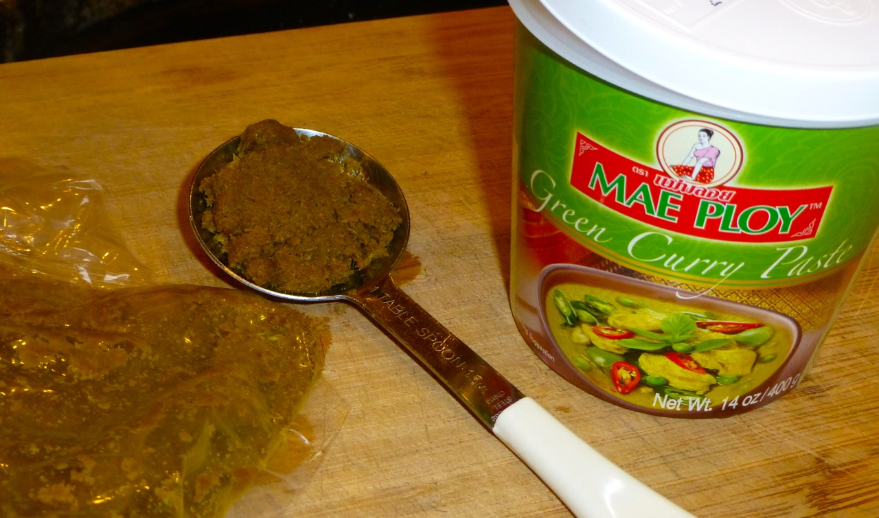 Mae Ploy Green Curry Paste | Simply Norma
