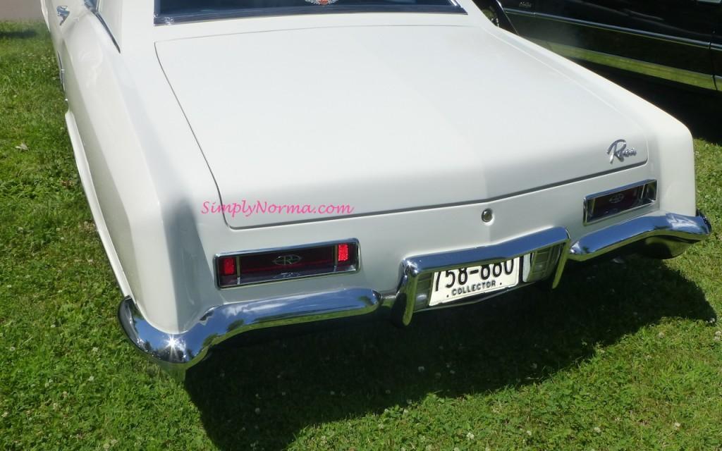 1964 Buick Riviera Trunk