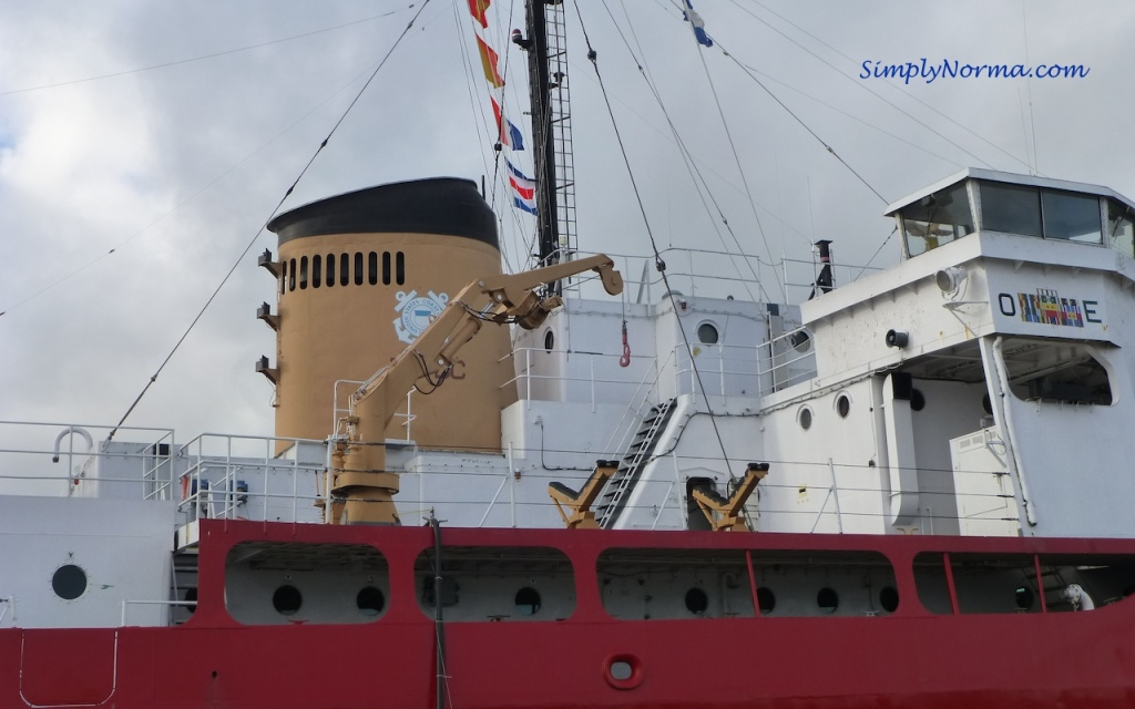 Icebreaker Mackinaw